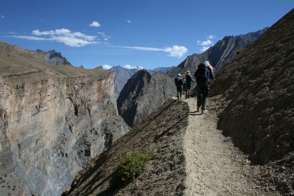 Trekking (c) Tashi Wangail